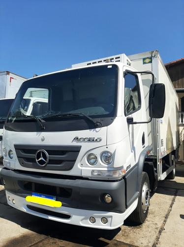 Caminhão 3/4 Mercedes-benz Accelo 815 No Baú Refrigerado