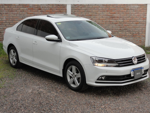 Volkswagen Vento Luxury At