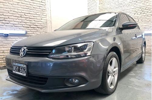 Volkswagen Vento Luxury 2.5 170cv Tiptronic 2014