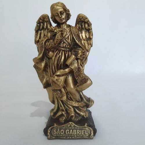 Imagem São Gabriel Arcanjo. 15cm. Cor: Dourado. Resina