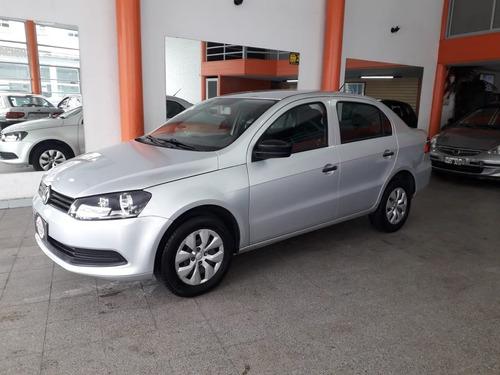 Volkswagen Voyage Confot