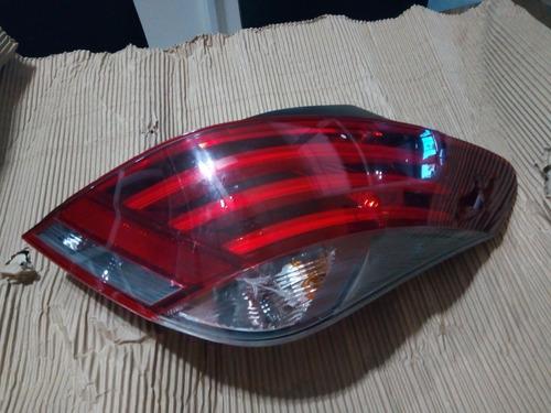 Faro Trasero Peugeot 308 Linea Nueva, Usado Con Detalles