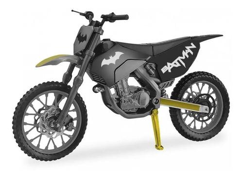 Veiculo Moto Radical Roda Livre Do Batman Dc Candide 9060