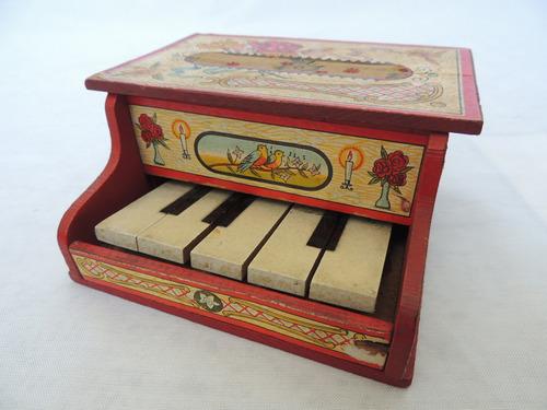 Brinquedo Antigo - Mini Piano Em Madeira - Ypiranga - Raro!