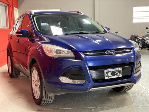 Ford Kuga 1.6 Titanium At Awd T 180cv 2013, Cubiertas Nuevas
