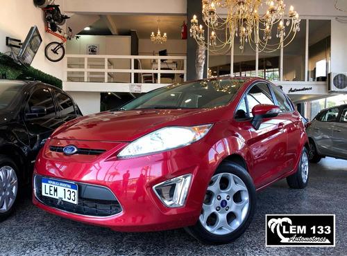 Ford Fiesta Kinectic Titanium 1.6n Mt Excelente , Anticipo $