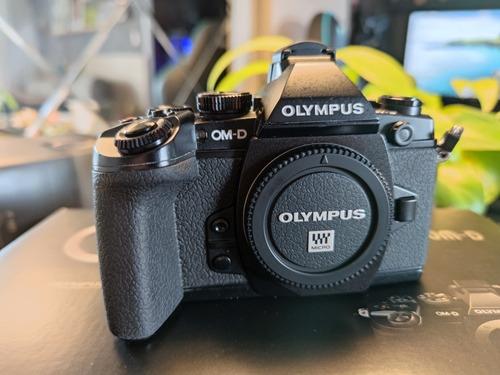 Olympus E m1 (corpo) Mirrorless