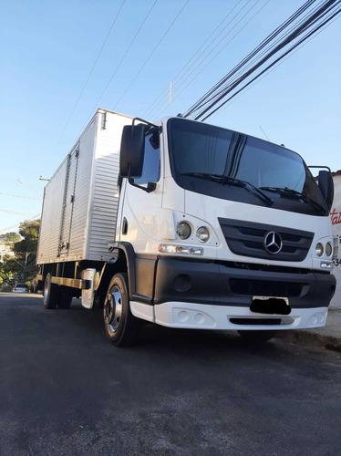 Mercedes-benz Accelo 1016 No Baú De 5.5m