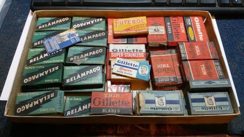 Lote De 47 Cajas De Antiguas Hojas De Afeitar Gillette