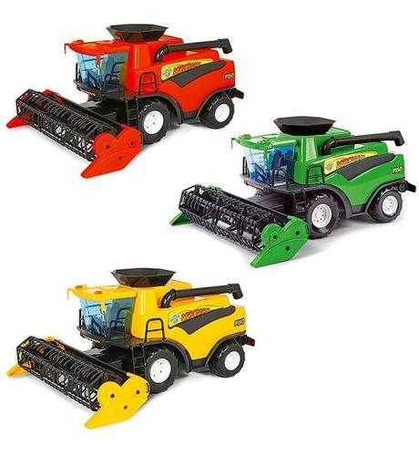 Brinquedo Infantil Trator Colheitadeira Fazendeiro Poliplac