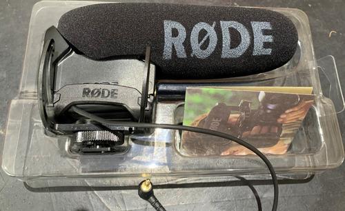 Microfone Rode Videomic Pro Supercardióide Usado