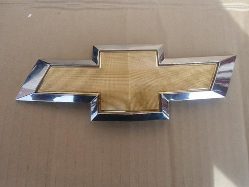 Emblema De Parrilla Chevrolet Cruze