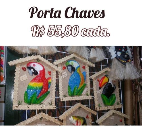 Itens Indígenas Feitos Nas Aldeias Do Amazonas, Cocar, Boi.