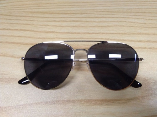Óculos De Sol Masculinos Clássicos Com Armação Dourada Peça
