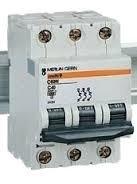 Disjuntor Tripolar Schneider Electric 20 A  C60 N C20  24351 Original