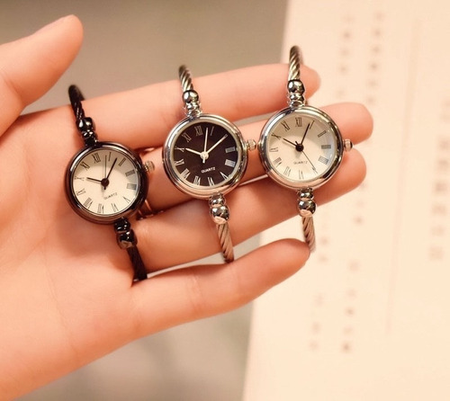 Relógio Feminino + Pulseira Banhado A Ouro 18k