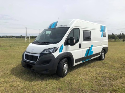 Equipamiento Motorhome Peugeot Boxer 2020 Silfred 3 Pers