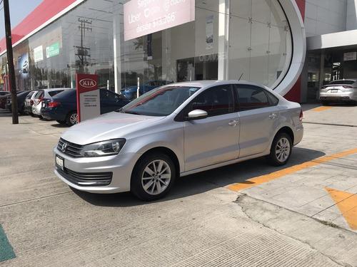 Volkswagen Vento 2017 1.6 Comfortline At