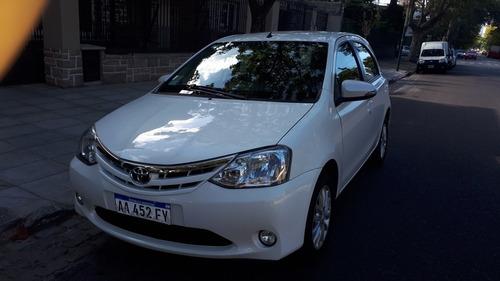 Toyota Etios 1.5 Xls 2016 Financio/permuto