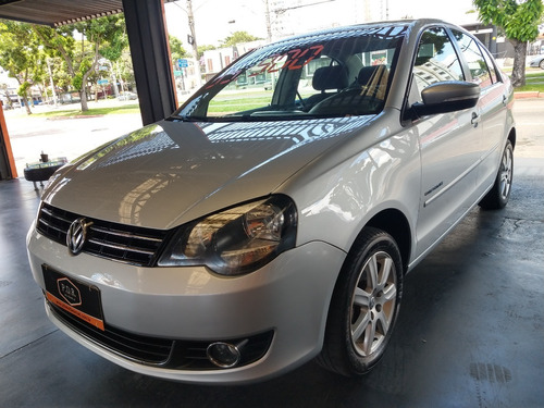 Vw/ Polo Sedan 1.6 Confortline I-motion