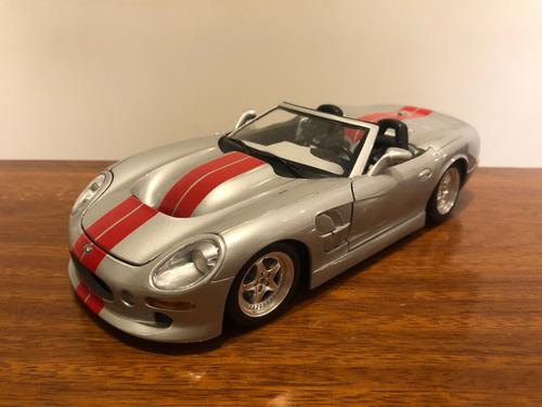 Shelby Series 1 Auto De Colección Escala 1:18 Burago