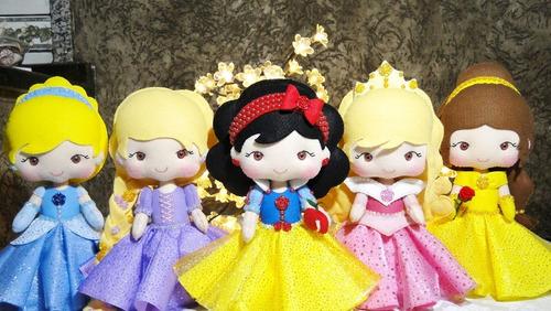 Muñecas De Fieltro -especial Princesas-