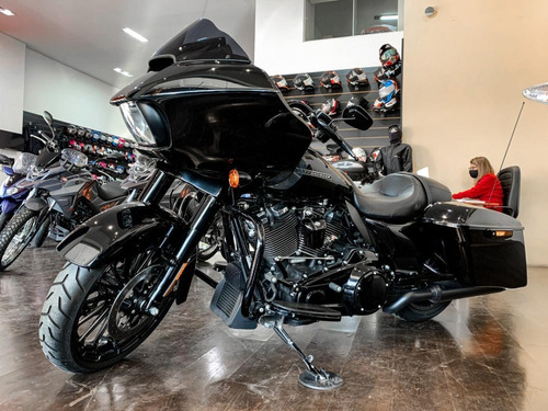 Harley-davidson Road Glide Special 1900 *2800 Km (faby)