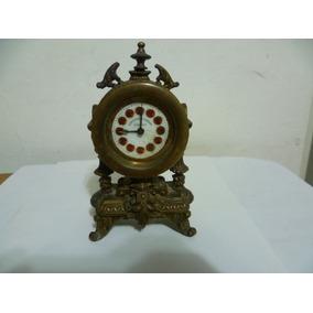 Antiguo De Reloj De Cuerda Aleman.