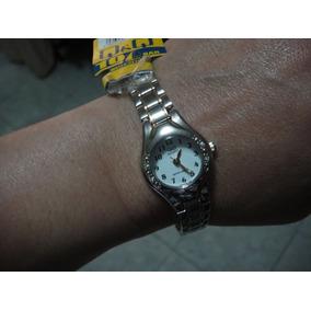 8dfa85109265 Reloj Qq Quartz Dama Plateado Cuadrado - Reloj de Pulsera en Mercado ...