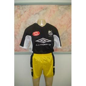 Shorts Antigos Futebol - Roupas de Futebol no Mercado Livre Brasil 7ec3e3d8e2a76