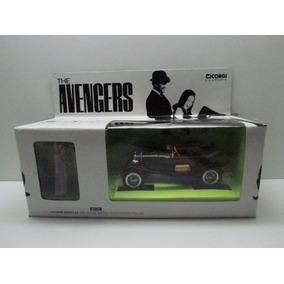 Corgi - 1/32 The Avengers - Bentley + Figura