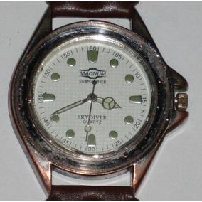Relógio Antigo - À Bateria - Magnum - Não Funciona