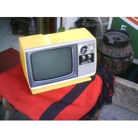 Televisor Zenith Retro Vintage Diseño Amarillo