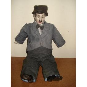 Charlie Chaplin Carlitos Boneco Com Mais 50 Anos Porcelana