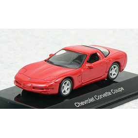 1:64 Autoart 20141 Chevrolet Corvette Coupe 1998 - Red