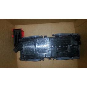 Caixa De Relê Central De Derivação Fiat Freemont K68082307ab