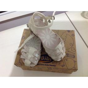 e06725e57 Sandalia Infantil Bibi Promocao - Sapatos Branco no Mercado Livre Brasil
