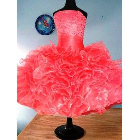 f5656554a3 Vestido De Escarolas Para Salida De Sexto Año. Color Coral