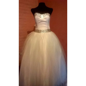 Piedras para bordar vestidos de novia