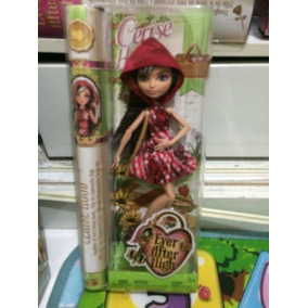 Boneca Ever After High Rebel Cerise Hood Piquenique Mattel