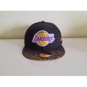Bone New Era Los Angeles Lakers Nba Retro Direto Dos Eua - Bonés no ... d37580b68a0