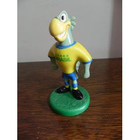 Mascote Da Seleção Brasileira - Brinquedos e Hobbies no Mercado ... c49c6466533e0