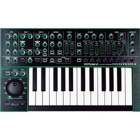 Sintetizador Plug-out - Roland Aira System-1 - 4 Osciladores