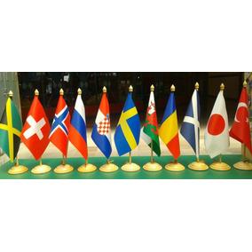 Kit Com 4 Bandeiras De Mesa Dos Países E Estados