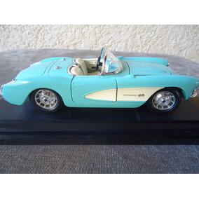 Corvette Chevrolet 1957 - Miniatura