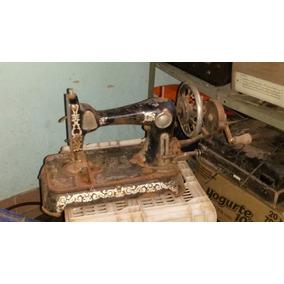 Antiga Máquina De Costura
