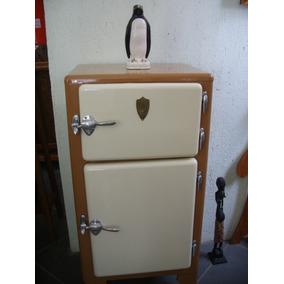 Geladeira Metal Para Usar Como Adega Ou Colocar Motor Baixou