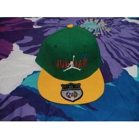 Gorra Jordan Verde C amarillo Ked   D B Boy Etiquetada 7 1 4 c3758b38c1c