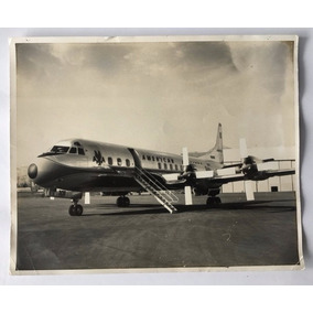 Fotografia Antiga Avião Electra No Solo Da American Airlines