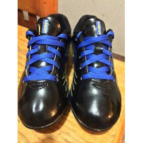 Zapatos De Futbol Umbro - Tacos y Tenis Césped natural de Fútbol en ... e553a7a17c3a9